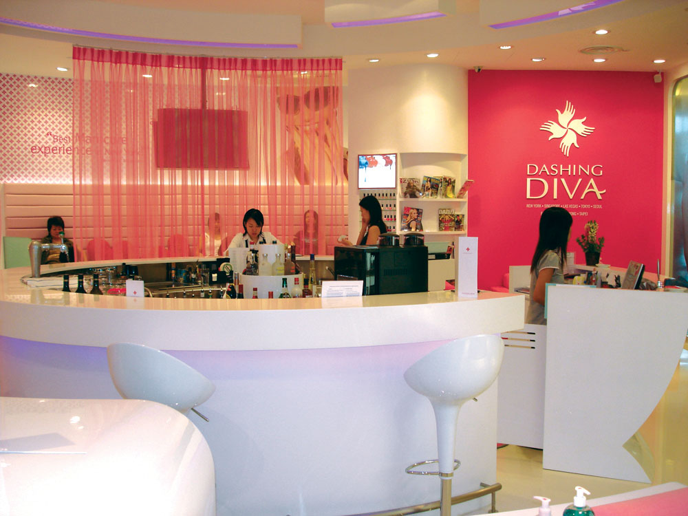 Dashing Diva branded retail store execution in Singapore, South East Asia